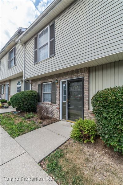 732 E Sherwood Hills Dr., Bloomington, IN