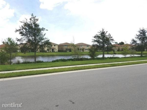 4743 Foxtail Palm Ct, Lake Worth, FL
