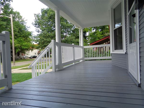 Huge Covered Front Porch