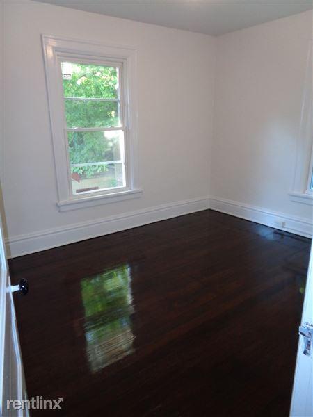 3rd Bedroom/Sample Room