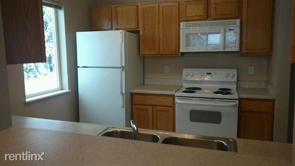 Pacific Park Apartments Kitchen