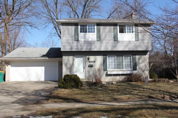 22926 Glenmoor Heights, Farmington Hills, MI