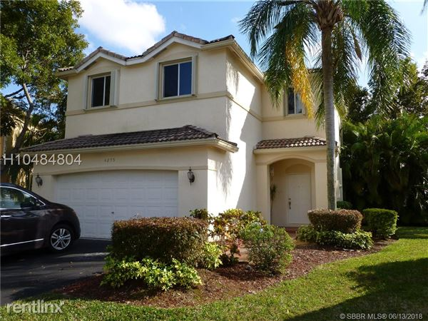 4275 Ironwood Ct, Weston, FL