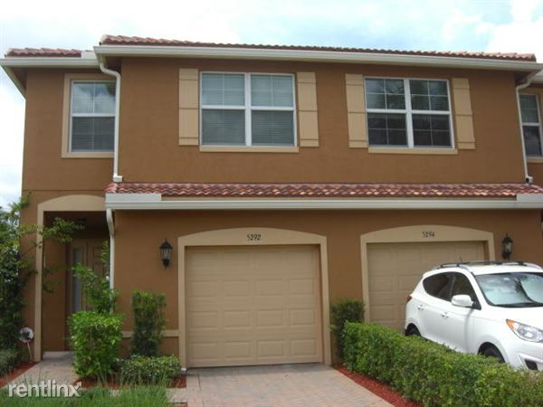 5292 Palm Colony Dr, Lake Worth, FL