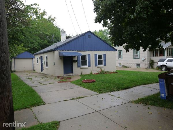 1309 Maryland Ave, Lansing, MI