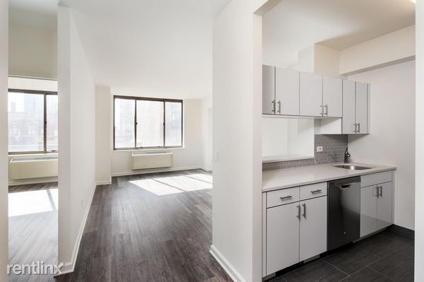 520 WEST 43 STREET 8U, New York, NY