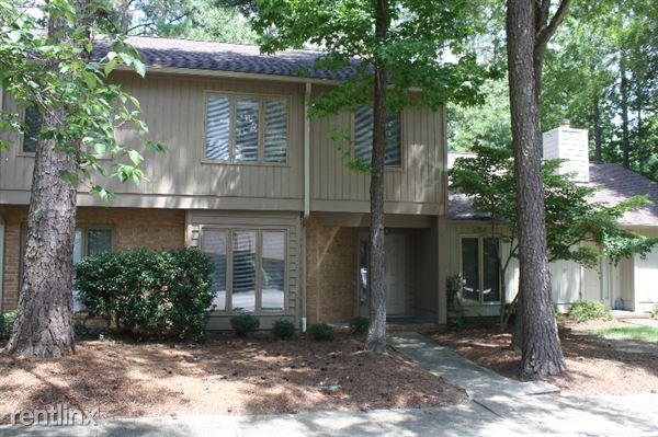 120 Old Stable Ct., Chapel Hill, NC