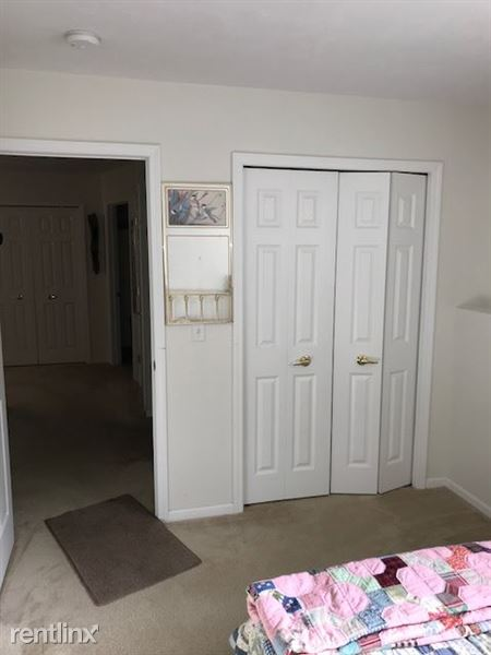Bedroom 2 - Closet