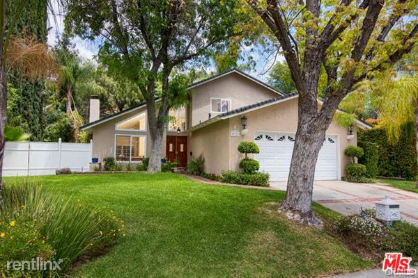 30721 Lakefront Dr, Agoura Hills, CA