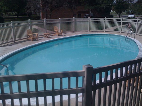 Arbor circle apartments 2277 s grove st apt 211 for Pool show michigan