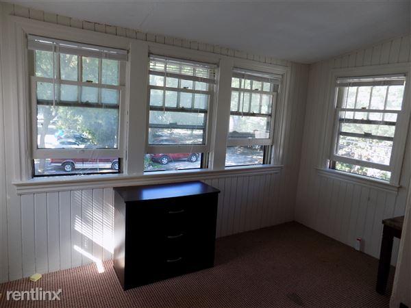 Bonus Room - 2nd floor sun porch with balcony