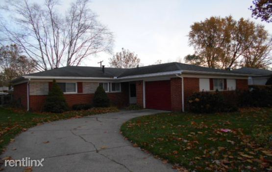 23128 Ashley St, Farmington Hills, MI