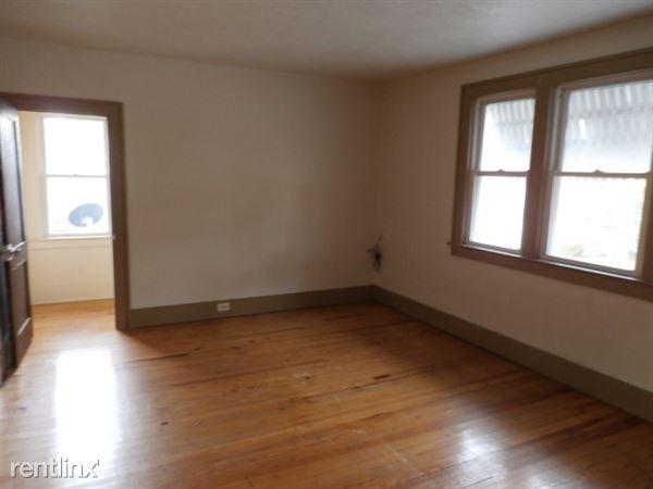 Bedroom 2 - Upper Level
