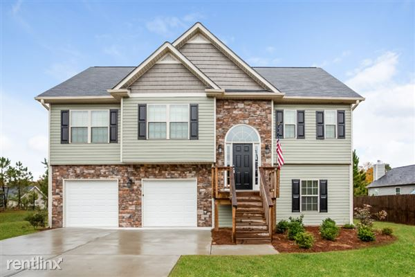 102 Andrews Court, Dallas, GA