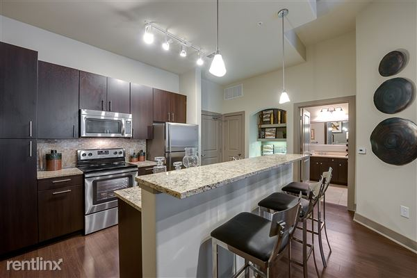 4030 N Central Expy, Dallas, TX