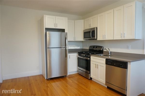 1850 Commonwealth Ave Apt 42Y, Brighton, MA
