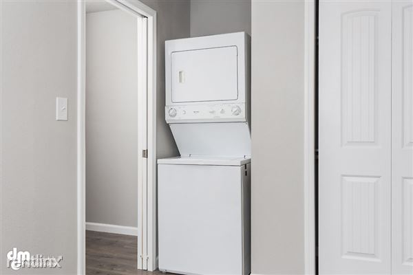 Bedroom_Unit 3 2087-SMALL