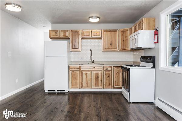 Kitchen_Unit 3 2094-SMALL