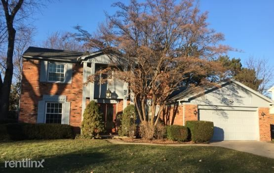 35324 Glengary Cir, Farmington Hills, MI