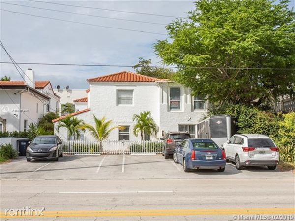2816 Pine Tree Dr Apt 2, Miami, FL