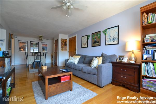 14 Commonwealth Ct Apt 13, Brighton, MA