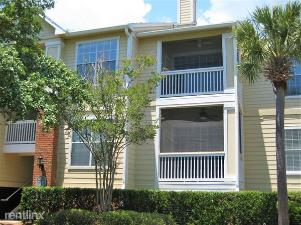 2bd/2ba beautiful unit!