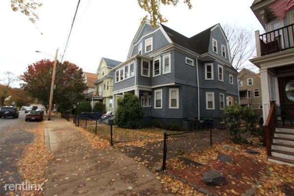 179 College Ave 1, Somerville, MA