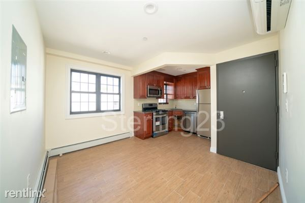 2842 45th Street 3A, Long Island City, NY