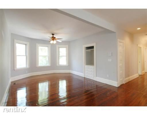 19 Parker Hill Ave Apt 2, Mission Hill, MA