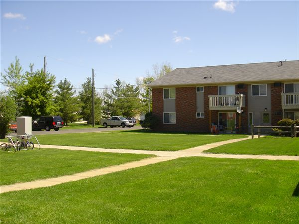 Village Place Apartments Fowlerville Mi