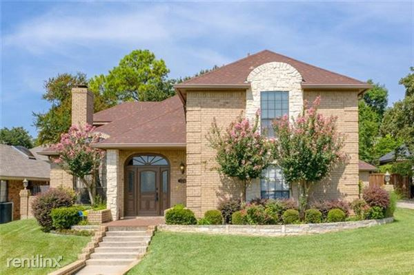2104 Rocky Branch Court, Arlington, TX