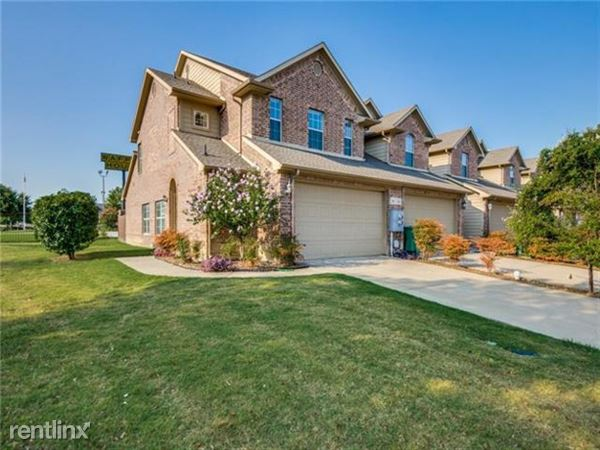 110 Barrington Lane, Lewisville, TX