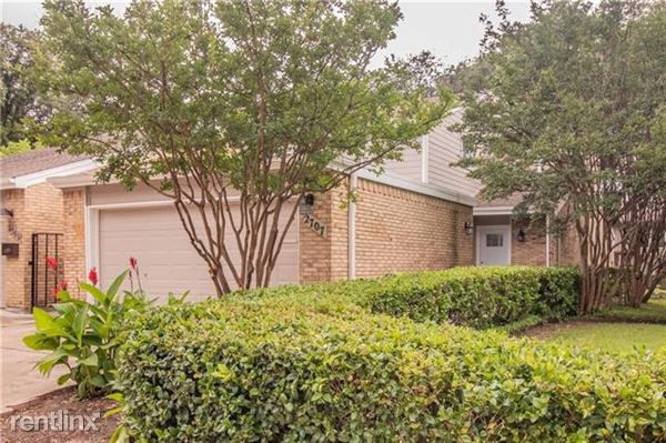 2707 Creek Wood Court, Carrollton, TX