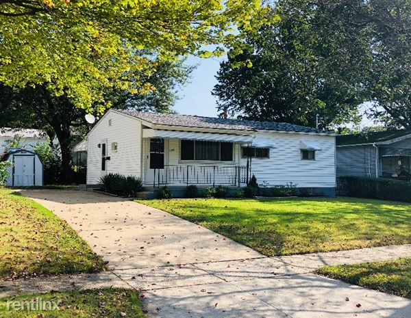 1267 Carnegie Ave., Akron, OH