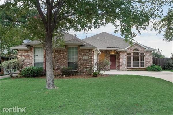 1537 Steamboat Trail, Lewisville, TX
