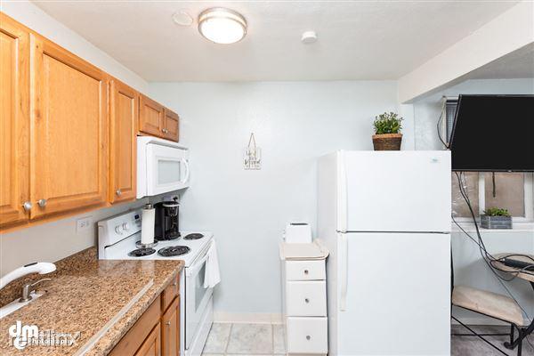 Kitchen MS_96888-SMALL