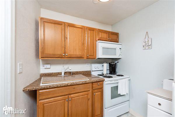 Kitchen MS_96894-SMALL