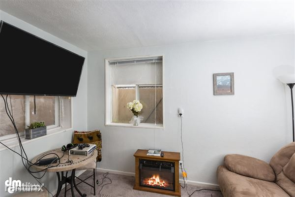 Living Room MS_96891-SMALL