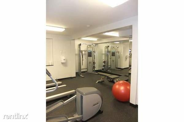 Plaza Fitness Room