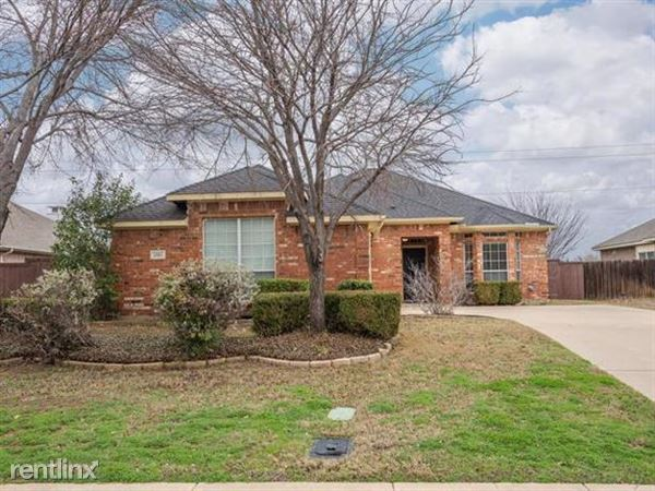 1531 Steamboat Trail, Lewisville, TX