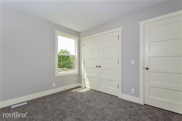 021-photo-bedroom-2779383