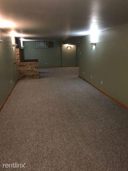 Basement-Family Room-1