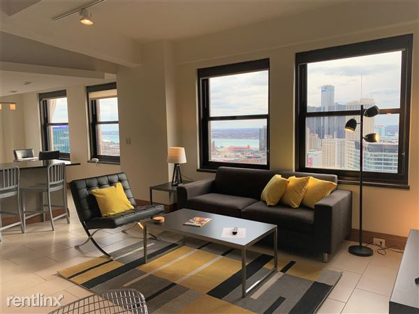 Comfortable Apartment with a GREAT view (#2904)