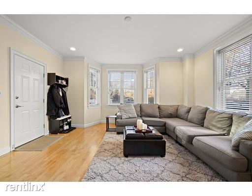 8 Howell St Apt 1, Boston, MA