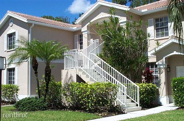 8065 Tiger Cove, Naples, FL