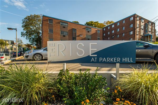 40 Parker Hill Ave, Mission Hill, MA
