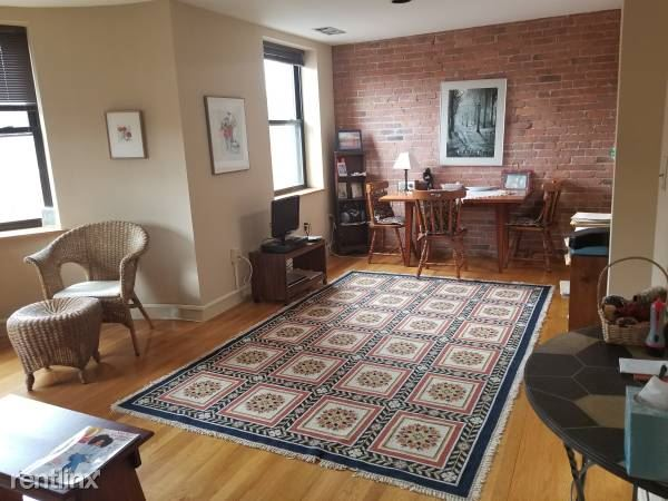 90 Gainsborough St Unit A403, Boston, MA