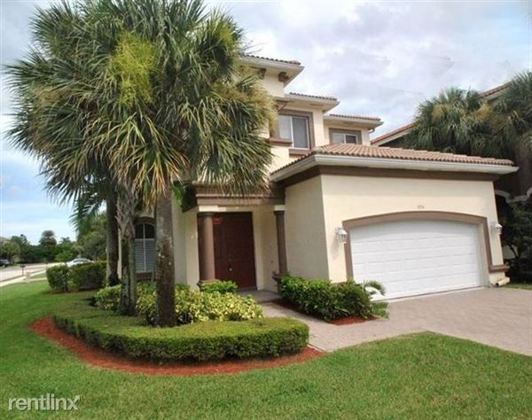1056 Grove Park Cir, Boynton Beach, FL