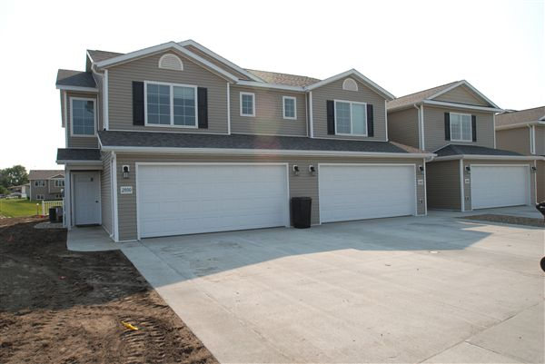 Townhouse for Rent in Mandan
