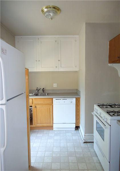 Kitchen 2 (Apt. #2)